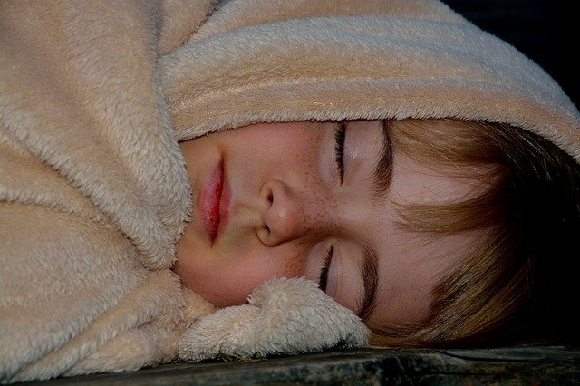 Can Toddler Suffocate Under Blanket