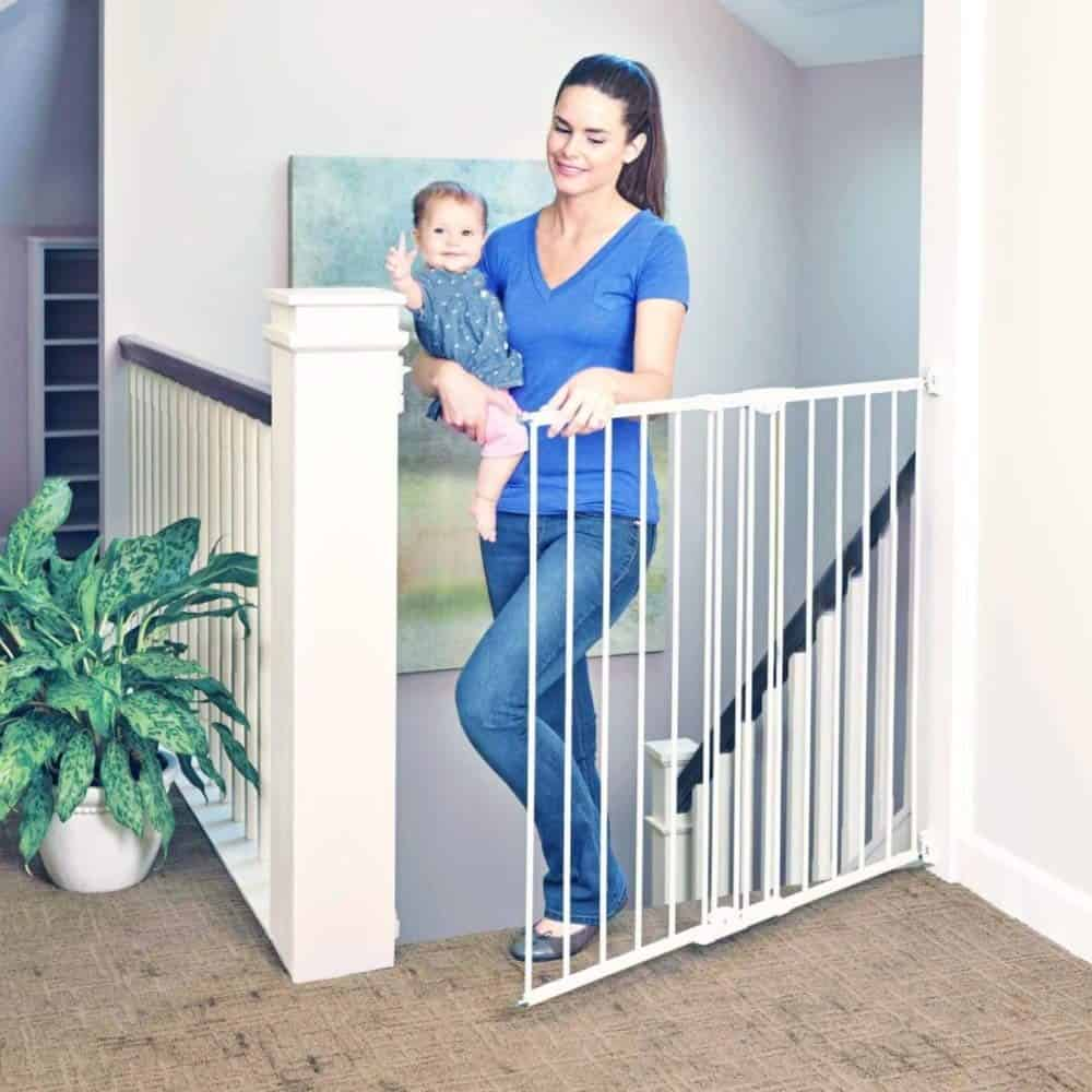 Toddler-Easy-Swing-Gate