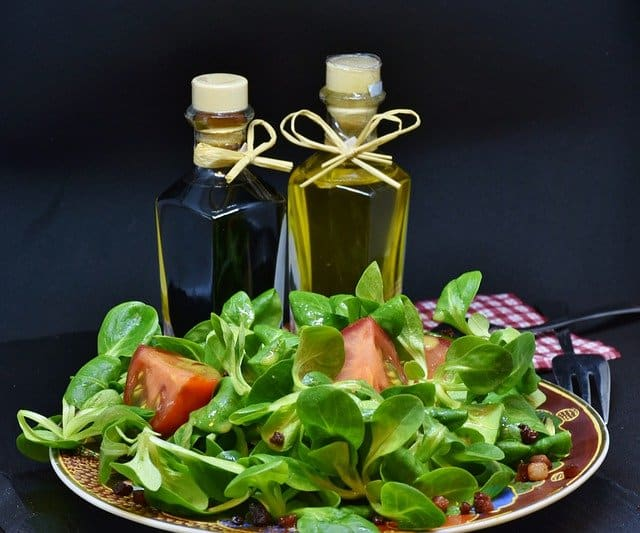 How can vinegar make a pregnancy test positive