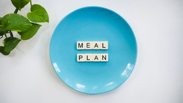 How long do you starve yourself to lose 20 Pounds?