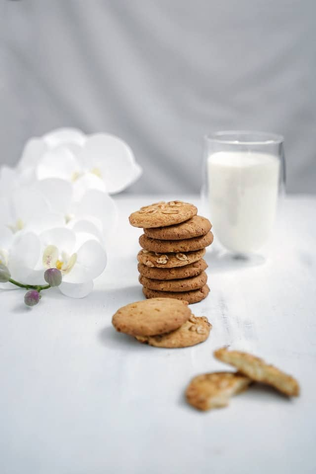 How Many Lactation Cookies Should I Eat a Day