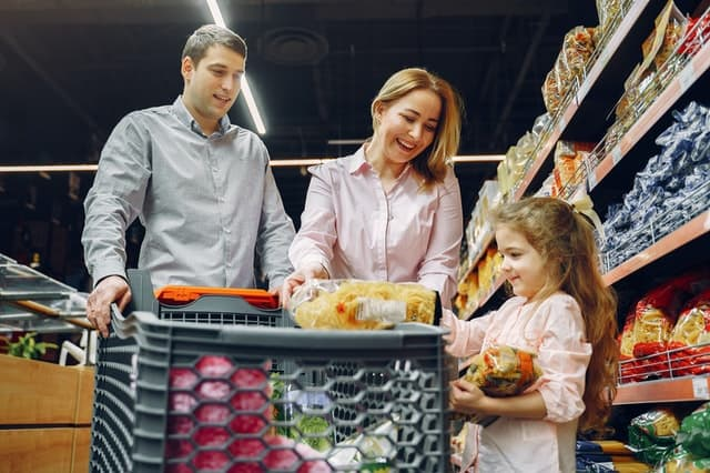 How To Grocery Shop With A Newborn