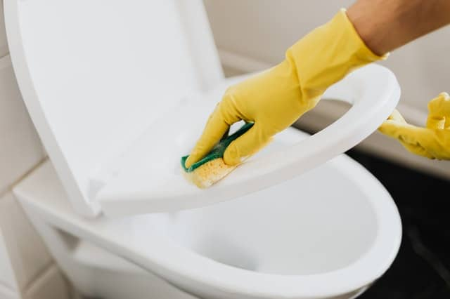 How Do You Dissolve Wipes In a Septic Tank